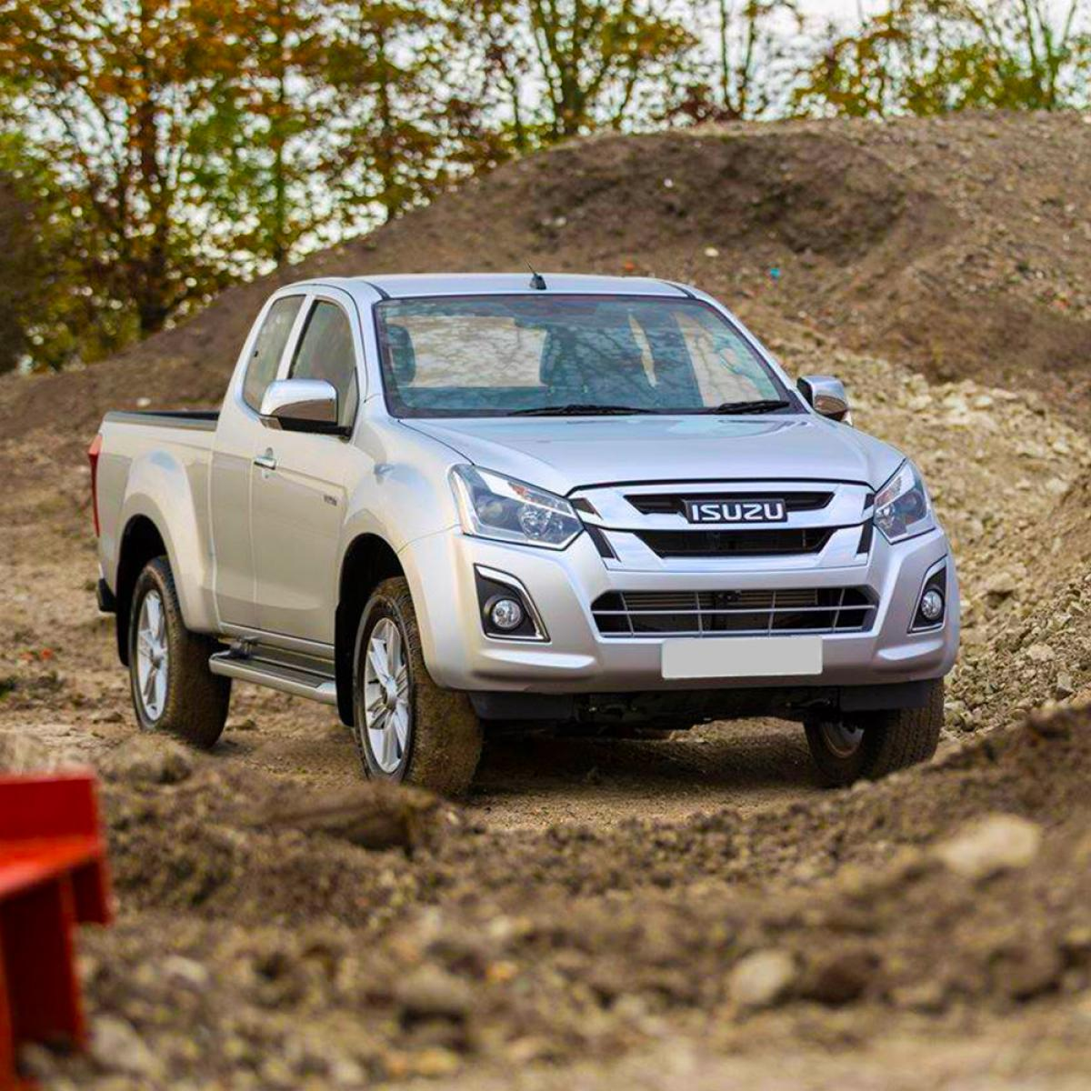 Isuzu D-Max Space Planet